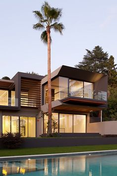 Villa C - La Californie -Cannes http://www.richardguilhem.com/en/projects-design-architecture/residential-properties/villa-c-cannes
