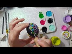 This video shows: How to paint Mandala Easter Egg! In the beginning I changed the brushes for dotting tools because it's easier to use it! Turtle Painting, Dot Painting, Painting Clouds, La Résurrection Du Christ, Happy Easter Everyone, Mandala Art Lesson, Ukrainian Easter Eggs, Painted Rocks Kids, Rock Painting Ideas Easy