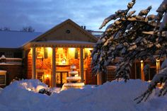 Winter at The Manor, West Orange, NJ #winter #night #winterwedding #themanorrestaurant #njweddingvenues #wedding www.themanorrestaurant.com www.facebook.com/themanorrestaurant