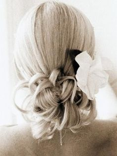 prom-hair-updos - Click image to find more Hair & Beauty Pinterest pins