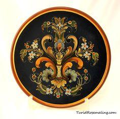 Plate, painted in Rogalandstyle by Turid Helle Fatland, Etne in Norway