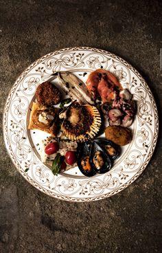 'Paradise Regained' Al Pinturicchio, Via Dardano, Tropea, Vibo Valentia, Italy (trattoria serves fresh seafood everyday, baked, fried, marinated & boil) - photograph by Bill Phelps - CNTraveler April 2015