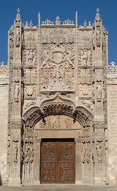 Fachada del colegio de San Gregorio (Valladolid) sede del Museo Nacional de Escultura