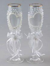 изумительные свадебные бокалы ручной работы, украшенные полужемчужинами и стразами сваровски в виде сердца  №30159