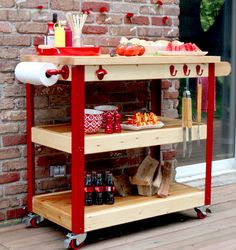 10 Must Haves for The Perfect Outdoor Living Space  via TheKimSixFix.com