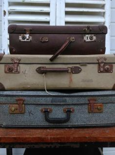 Oude Brocante Vintage Koffer Grijs - Onderste Koffer