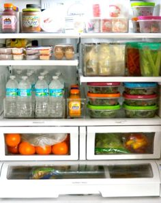 TGIF! Grab your goodies and go! Is your fridge organize? Call us, we'll make it happen! #teamorganize #clutterless #yes #evenyourfrige