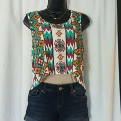 HP Tribal crop tank @annalise0800 Style Obsession Hi low tank top. 2 cut outs on the back MINKPINK Tops Crop Tops