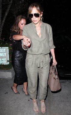 Jennifer Lopez Photos: Jennifer Lopez and Leah Remini Get Dinner