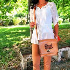 Shoulder bag Leather Craft, Shoulder Bag, Bags, Fashion, Handbags, Moda, Leather Crafts, Fashion Styles, Shoulder Bags