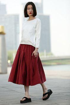Jupe midi Cord en rouge C370 von Luyahui auf DaWanda.com