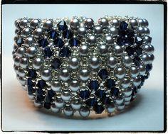 https://flic.kr/p/78WzBP   Blue Triangle   Estos tonos me gustan muchisimo!! Gracias a Tata de Illusion Bazaar por el patron!!