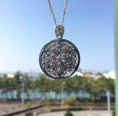 "Etsy のFlower of Life,smoky quartz,diamond,gemstone,pendant,and,silver,necklace,""one of a kind jewelry"",gemstone,pendant,necklace,japan,handmade(ショップ名:CHARISJewelry)"