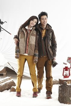 Jo In Sung and Han Hyo Joo are ready for winter in Black Yak's F/W 2012 outerwear