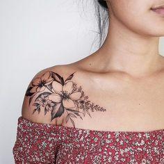 # flower tattoo # shoulder - Flower tattoo on the shoulder, - Flower tattoo on the shoulder, Shape Tattoo, Tattoo On, Back Tattoo, Tattoo Flash, Tattoo Designs For Women, Tattoos For Women Small, Small Tattoos, Trendy Tattoos, Unique Tattoos