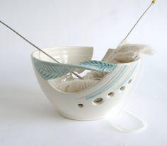 White Ceramic Yarn Bowl Knitting bowl off-white von blueroompottery