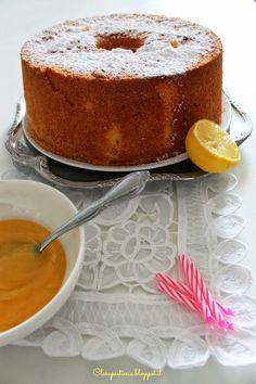 Chiffon Cake al Limone con Lemon Curd di Nigella Lawson ...irresistibile fluffosa! Italian Pastries, Italian Desserts, Cake Cookies, Cupcake Cakes, Nigella Kitchen, American Cake, Torte Cake, Kinds Of Desserts, Angel Cake