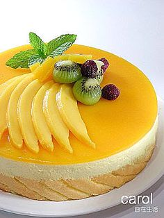鮮芒慕斯 - Carol 自在生活 - Yahoo!奇摩部落格 Mango Mousse Cake, Mango Cheesecake, Mango Cake, Cheesecake Recipes, Cheesecake Decoration, Dessert Decoration, Mango Recipes, Sweet Recipes, No Bake Desserts