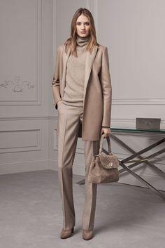 f610a436399 Monochrome outfit Fall Fashion 2016