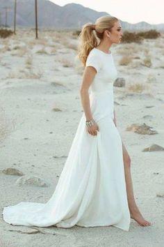 Day dreaming about beach weddings #danarebecca #wedding #weddingseason #beach #inspirations #style #fashion