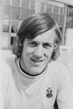 Brian Alderson in 1971 Coventry City Fc, English Football League, Top Soccer, Stock Pictures, Blues, Sky, Clock, Heaven, Watch