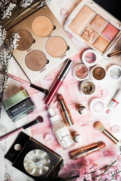Favourite 2017 beauty discoveries including makeup and skincare products from brands including Hourglass, Colourpop, Anastasia Beverly Hills, L'Oreal, Charlotte Tilbury and The Ordinary. - The Violet Blonde, beauty and lifestyle blogger