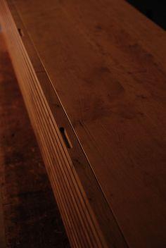 045   飯沼克起家具製作所   岐阜県岐阜市のオーダー家具工房 Hardwood Floors, Flooring, Woodworking Furniture, Furniture Design, Storage, Japanese, Woodwind Instrument, Wood Floor Tiles, Timber Furniture