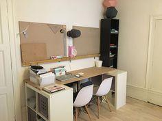 Aménagement de bureaux dans un salon.