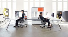 Teknion designs products that work across boundaries, furniture that works wherever you work. #modernoffice #desk #modularfurniture #workstation
