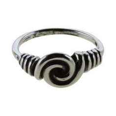 Spiral ring, fra fund ved Fåborg på Fyn. Sølv.: 190   er i str. 54, 56, 58, 60. Viser smedens færdigheder.  Spiraler symboliserer forandring og  vækst og bæres for frugtbarhed,  livskraft og fornyelse.  Højredrejning = energiopladning,  venstredrejning = energiafladning. Ringe, oprindeligt ofte armringe, blev  brugt som pynt og som  betalingsmiddel.