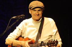 James Taylor in Toledo, OH 2011.