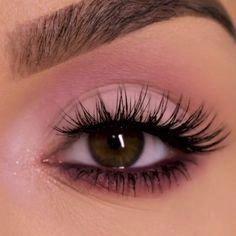 #SimpleEyeliner Makeup Eye Looks, Skin Makeup, Beauty Makeup, Small Eyes Makeup, Easy Eye Makeup, Mauve Makeup, No Eyeliner Makeup, Prom Makeup, Simple Makeup