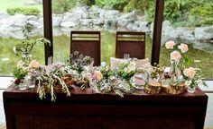 #amandanrise#novarese#vressetrose#Wedding #pink #tablecoordinate#smokypink #natural #Flower #Bridal #maintable#アマンダンライズ#ノバレーゼ#ブレスエットロゼ #ウエディング# ピンク #スモーキーピンク #シンプル#メインテーブル #テーブルコーディネート #ナチュラル# ブライダル#結婚式 Welcome Table, Wedding Table Decorations, French Chic, Banquet, Wedding Flowers, Table Settings, Rustic, Nature, Color