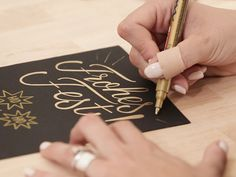DIY-Anleitung: Die kleine Handlettering-Schule: Weihnachtskarte mit Faux Calligraphy gestalten // diy tutorial: create a Christmas card with faux calligraphy, handlettering idea via DaWanda.com