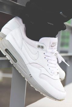 Nike Air Max 1 Powerwall White