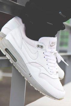 Nike Air Max 1 Powerwall White