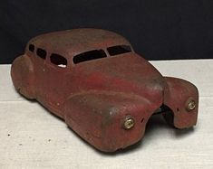 Antique Wyandotte Pressed Steel Toy Car with Wooden Wheels, Made in the USA, Nash Sedan, Glass Headlights by SuesVintageAddiction on Etsy Metal Toys, Tin Toys, Vintage Toys For Sale, 1950s Toys, Wooden Wheel, Plastic Model Cars, Vintage Classics, Pedal Cars, Toy Trucks