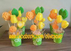 #صباح_الورد #صابون #باقة #الأردن #صناعة_يدوية #تسويق #توزيعات #jo 📱00962795726029 Glycerin Soap, Soap Making, Cupcake, Bouquet, Packing, How To Make, Hand Soaps, Creative Gifts, Feathers