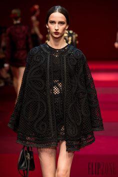 Dolce & Gabbana İlkbahar-Yaz 2015 - Hazır giyim - http://tr.flip-zone.com/fashion/ready-to-wear/fashion-houses-42/dolce-gabbana-4990 - ©PixelFormula