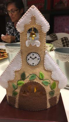 Felt Ornaments Patterns, Felt Crafts Patterns, Felt Crafts Diy, Baby Ornaments, Felt Diy, Easter Crafts, Crafts For Kids, Easy Christmas Ornaments, Christmas Crafts