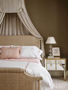 Bed canopy--- Atlanta Homes & Lifestyles mag Pink Master Bedroom, Dream Bedroom, Home Bedroom, Girls Bedroom, Bedroom Decor, Bedroom Ideas, Bedroom Furniture, Beautiful Bedrooms, Beautiful Interiors