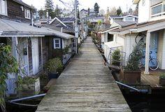 floating houses houseboats seattle portage bay