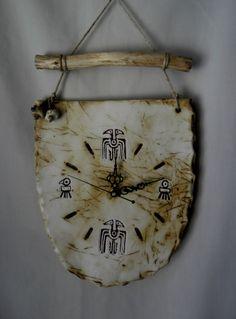 Clay Wall Art, Ceramic Wall Art, Ceramic Clay, Clay Art, Raku Pottery, Pottery Sculpture, Clay Cross, Painted Driftwood, Wooden Bag