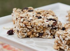 An awesome healthy and natural Rice Krispies treat for kids (and adults!)....Natural Cherry Crispy Treats!