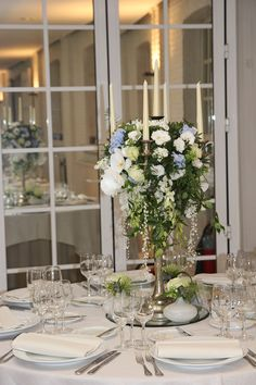 Walter Van Gastel - Trouwdecoratie, Kandelaar met bloemen