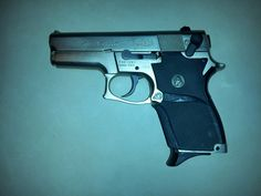 Smith & Wesson mod. 469 classic semi-auto pistols (USA) Type Double Action/Single Action semiautomatic Caliber 9x19mm Weight unloaded 730 g Length 175mm Barrel length 89mm Magazine capacity 12 rounds