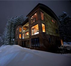 Hakuba Ski In/Out Resort @ Nagano, Japan - super cool mix of traditional and modern - a unique mix with warmth and cool appeal