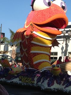 Rose Bowl Parade Floats | Already have an account? Log in now Hamptons House, The Hamptons, Rose Bowl Parade, Parade Floats, Pictures, Photos, Resim, Clip Art