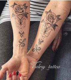 63 Cute Best Friend Tattoos for You and Your BFF – Hand Tattoos Hand Tattoos, Sister Tattoos, Tattoo Girls, Forearm Tattoos, Pretty Tattoos, Cute Tattoos, Sexy Tattoos, Feminine Tattoos, Awesome Tattoos
