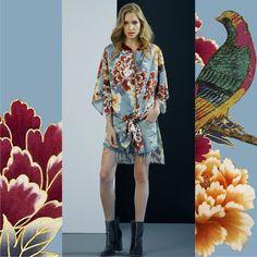 O inverno pode ser leve e despojado! Os kimonos ganham novas releituras e inspiram looks para o dia a dia. Floral Oriental + Jeans = duo de sucesso.👘<br />#SoulRS #AW17 #reginasalomao #inverno2017 #FashionTrend #floral #oriental #japonismo #streetstyle #prints